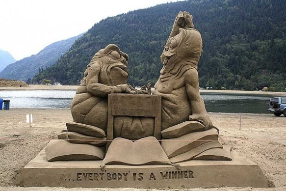 The Dangerous World of Extreme Sand Sculptures | SuperRadNow